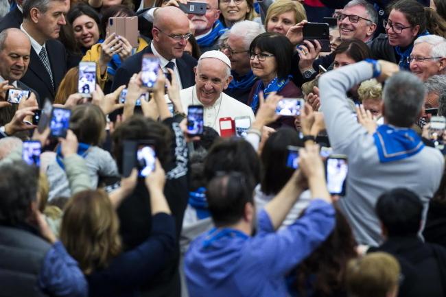 Papież: Bożek Pieniądza Czyni Społeczeństwo Nieludzkim I
