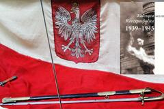 """The Fighting Republic of Poland 1939-1945"" - a popular publication for young people availible in numerous languages"