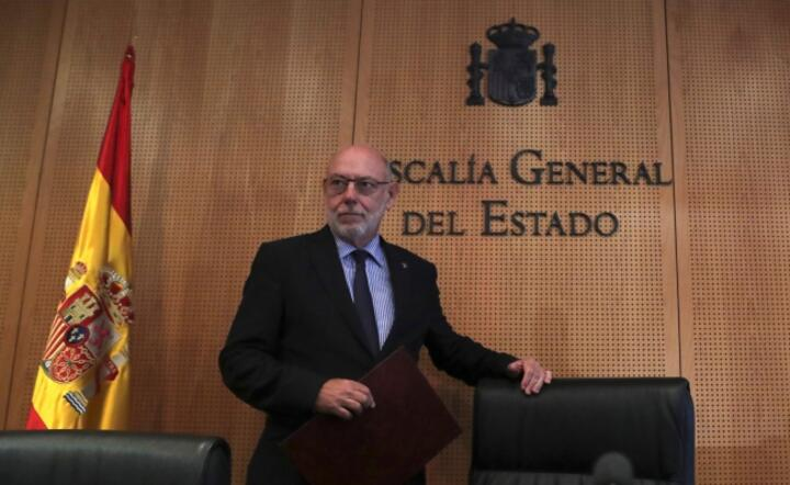 Spanish Attorney-General Jose Manuel Maza announces to file a complaint against former Catalonian regional government / autor: PAP/EPA/Ballesteros