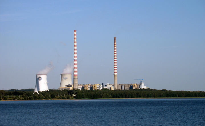 Elektrownia Rybnik. By Szymcar at pl.wikipedia, CC BY-SA 2.5, https://commons.wikimedia.org/w/index.php?curid=8292502