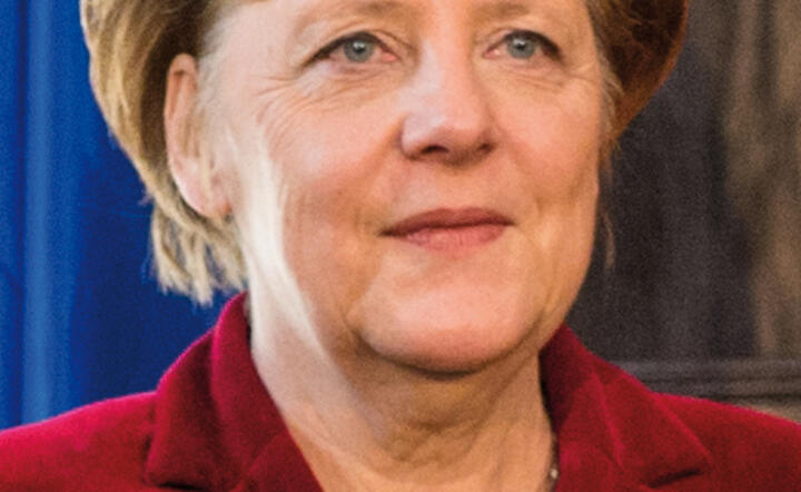 """Angela Merkel Security Conference February 2015 (cropped)"" autorstwa Müller / MSC. Licencja CC BY 3.0 de na podstawie Wikimedia Commons - https://commons.wikimedia.org/wiki/File:Angela_Merkel_Security_Conference_February_2015_(cropped).jpg#/media/File:An"