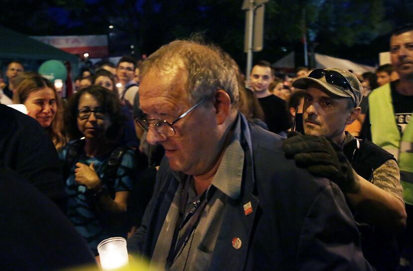 Adam Michnik - prawdziwa twarz protestów / autor: PAP/Tomasz Gzell